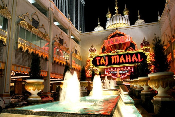 Trump Taj Mahal Atlantic City CLOSED OCTOBER Trump Taj Mahal Casino CLOSED OCTOBER Mr. Trump cut no corners when building his personal Taj Mahal at the Jersey Shore. From imported Persian rugs to decorations that are fit for the Taj Mahal itself. Once inside you feel like you are a member of a royal family.