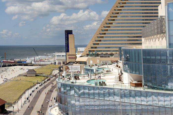 Looming Trump Taj Mahal Closure Leaves Atlantic City Hope To Showboat, Revel
