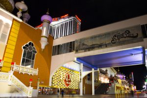 Looking Back On The Rise And Fall Of Trump Taj Mahal