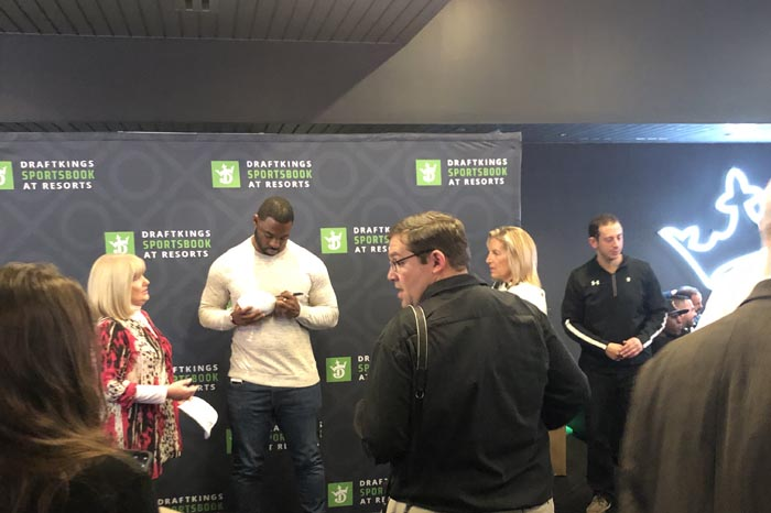 A Super Bowl Champion Visits DraftKings Sportsbook For 'Grand Opening Event'