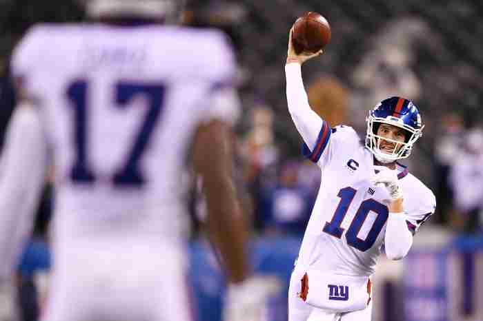 It's A Manning Thing: PointsBet NJ Boosting Eli Manning For Monday Night Football