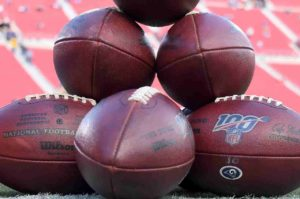 Jersey Sides & Totals: Upstart Teams and QB's Gear Up for the NFL Divisional Weekend
